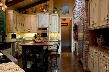 rustic-french-country-kitchen-with-hardwood-flooring